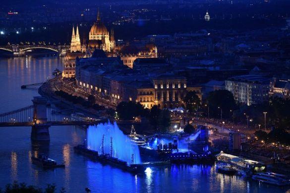 Budapest ünnepi látképe