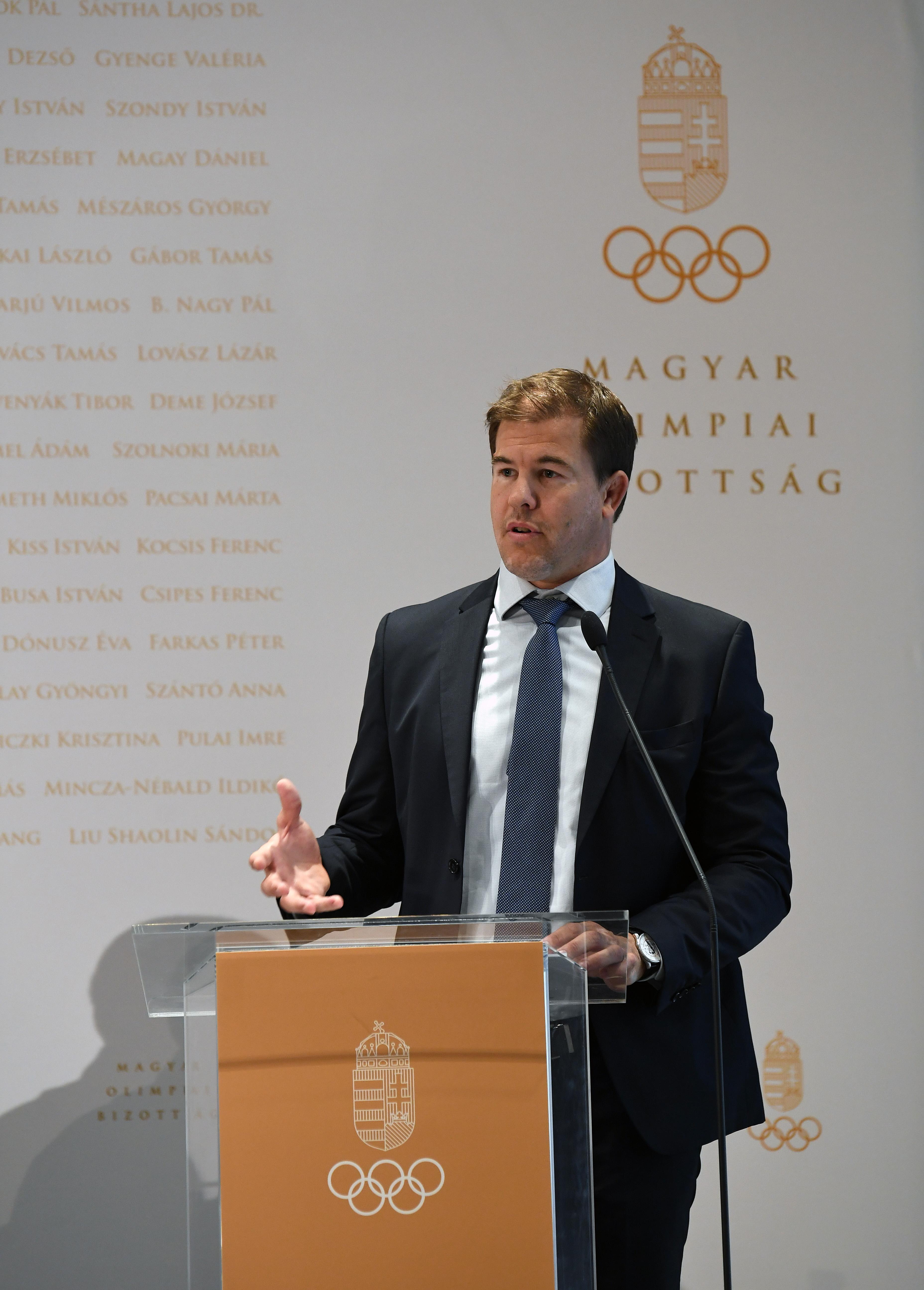 Virág Lajos, a SOSZ ügyvezető igazgatója a Sportegyesületi Bizottság munkájáról adott tájékoztatást